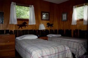 Lagoon Cabin bedroom
