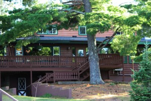 Lost Land Lake Lodge