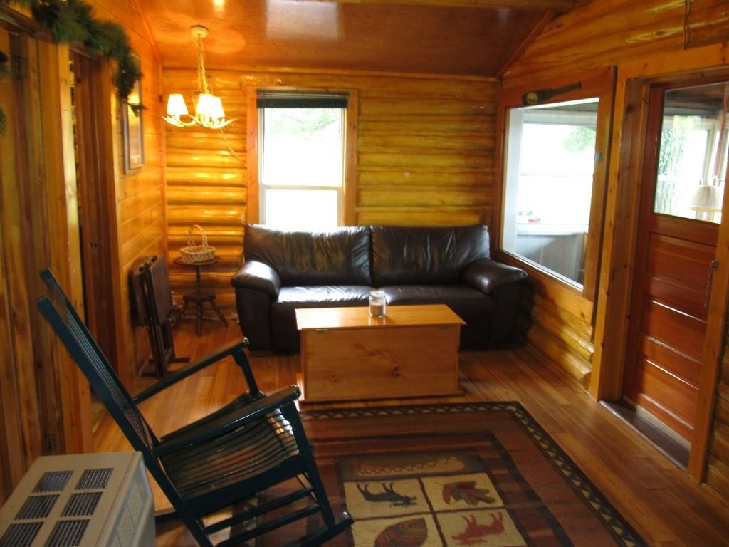 Edgewater 2 Bedrooms Lost Land Lake Lodge